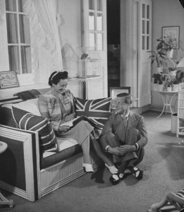 The Duke and Duchess of Windsor in Government House in 1941
