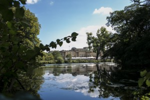Buckingham Palace across the lake